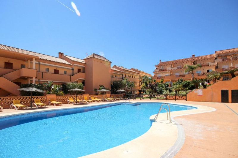 New opportunity to purchase a very well presented 2 bedroom 2 bathroom property in the world renowne,Spain