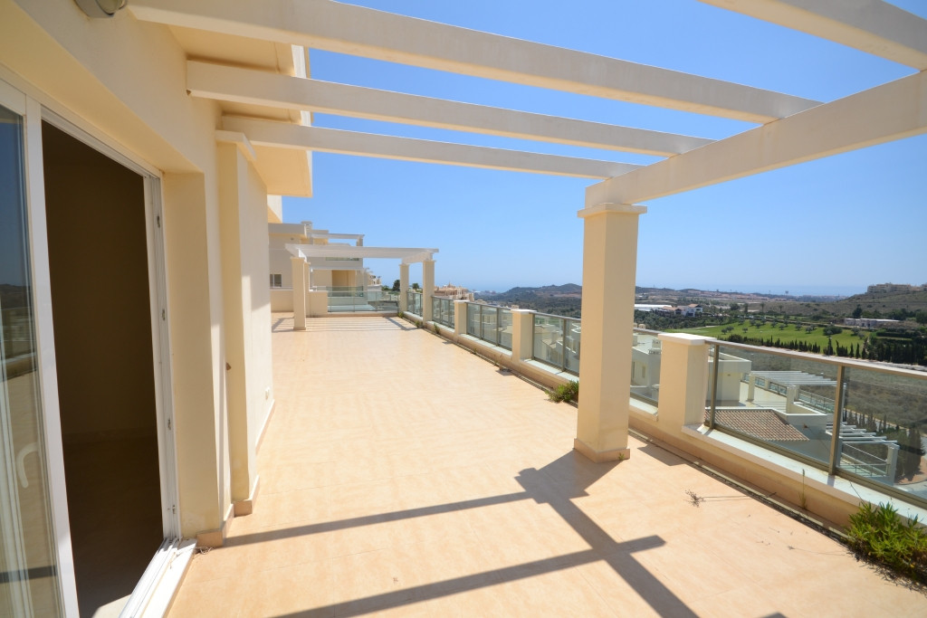 97 apartments from ground floor to penthouses with parking and swimming pool in  Cerro del aguila Mi, Spain