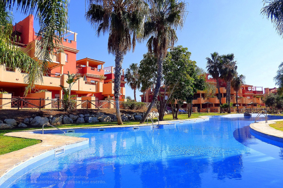 Apartment in Marbella 2 bedrooms, 2 bathrooms, in Urbanization with large gardens, swimming pool, 24, Spain