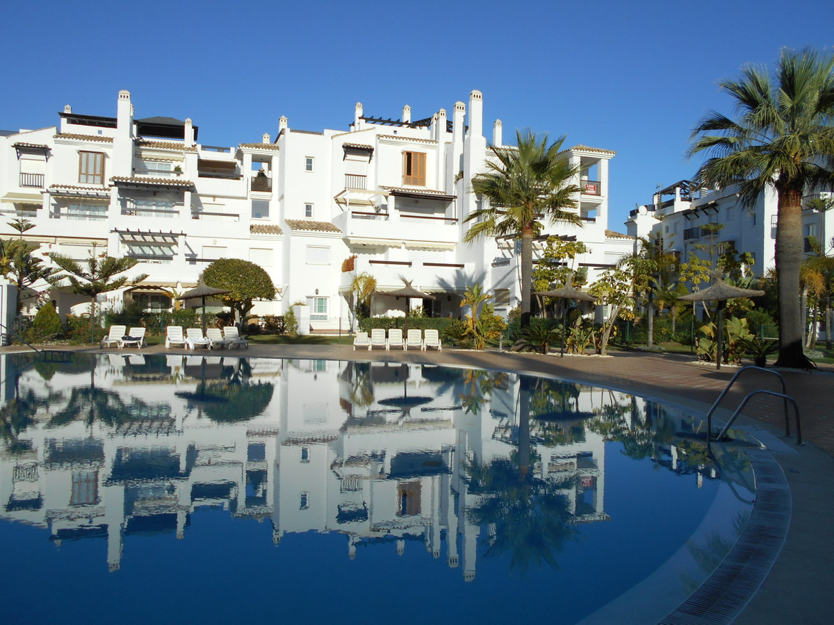 Very nice and brighlight apartment located in San Pedro Playa with 3 bedrroms, 2 bathrooms, 1 guest , Spain