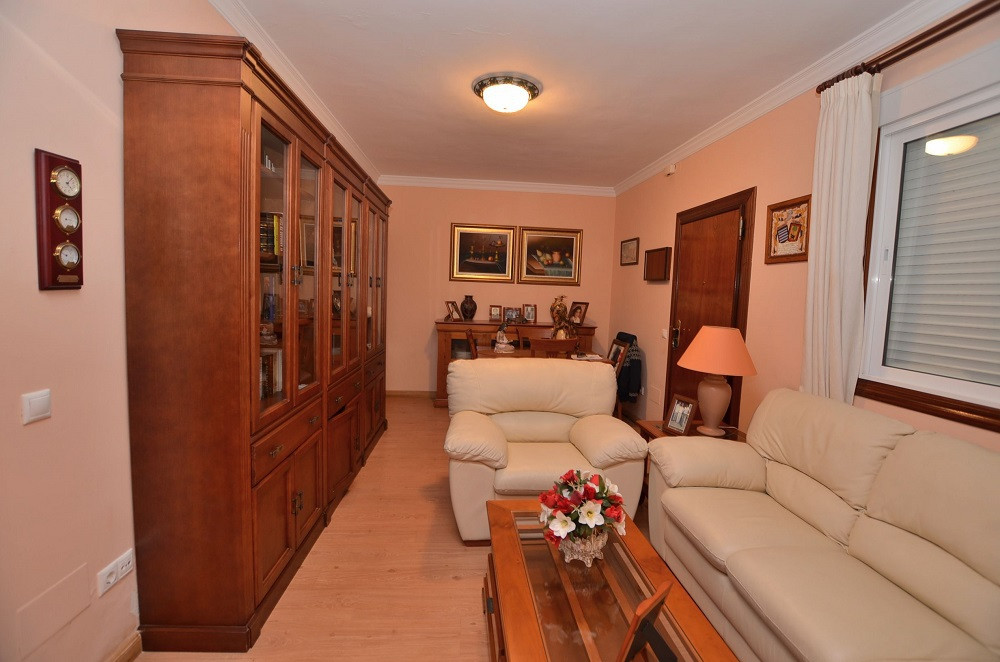 GROUND FLOOR APARTMENT AT ONLY 150 MTS FROM THE BEACH located in Los Boliches (Fuengirola). Property,Spain