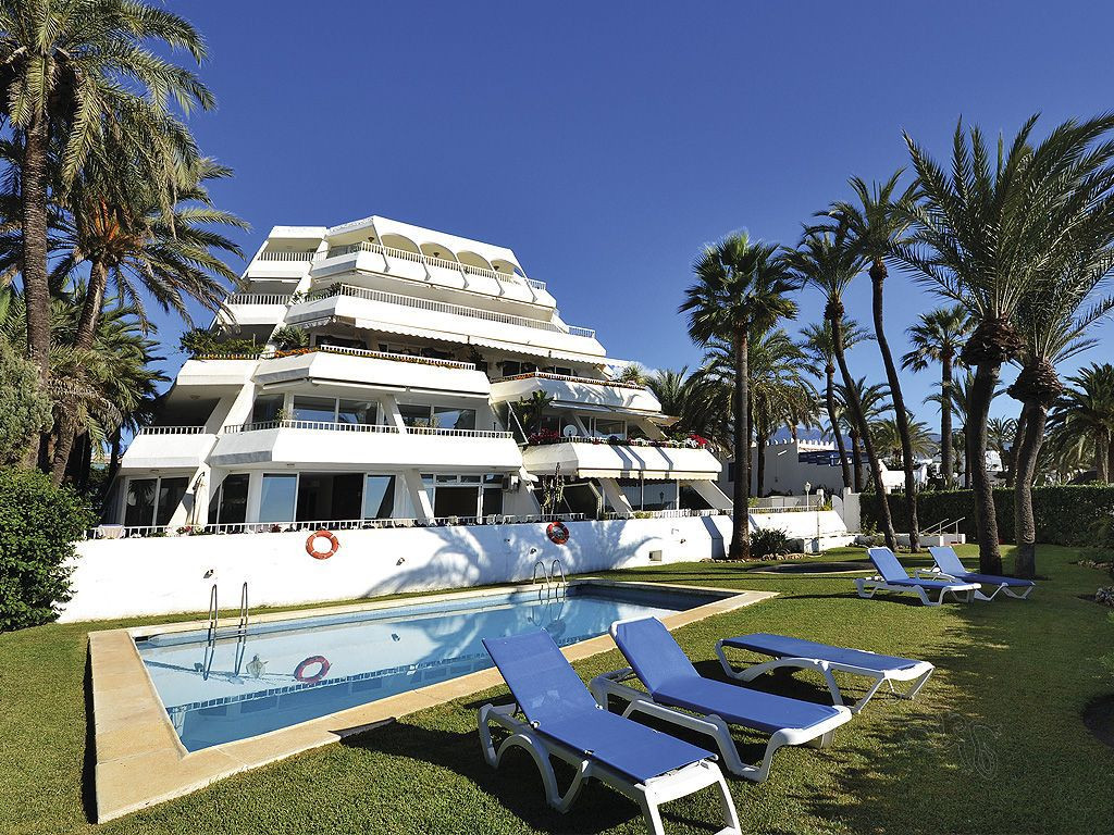 This is an exceptional opportunity to acquire a quiet situated apartment in a residential complex wi,Spain