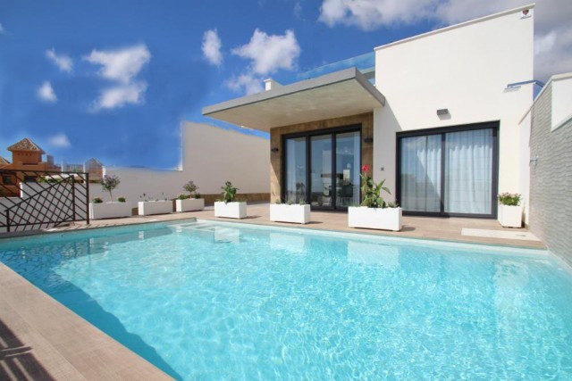 Fantastic villas in La Manga del Mar Menor, with the highest qualities and modern style, next to all, Spain