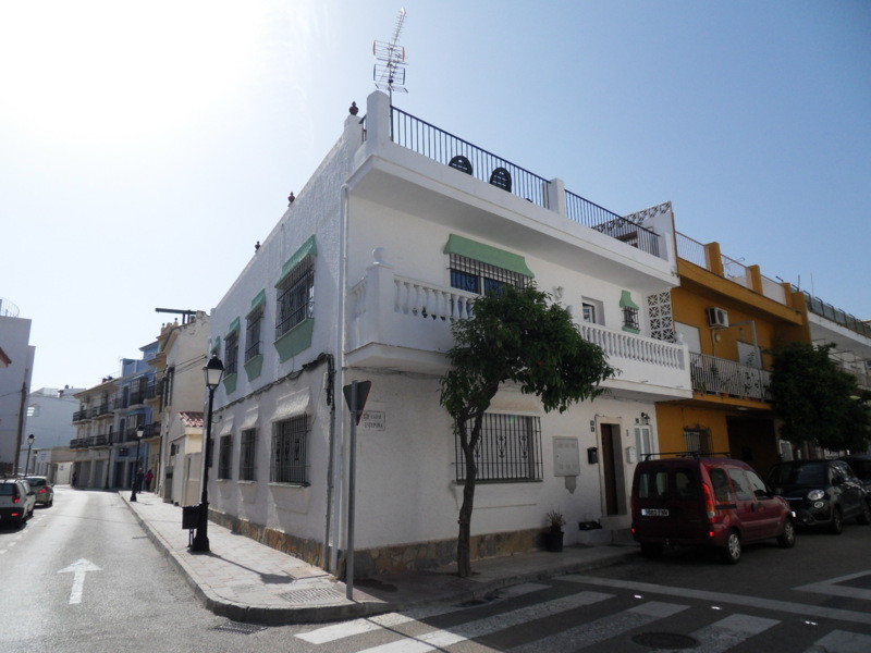 Located in the very centre of the charming village of La Cala, this spacious apartment is the perfec,Spain