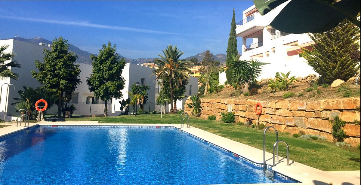 Beautiful apartment with 160M2 with 3 bedrooms and 3 bathrooms situated in one of the best urbanisat,Spain