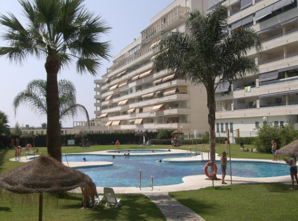 Beautiful penthouse in Marbella center of 101 m2 and a terrace of 5 m2. This has 2 bedrooms with fit,Spain
