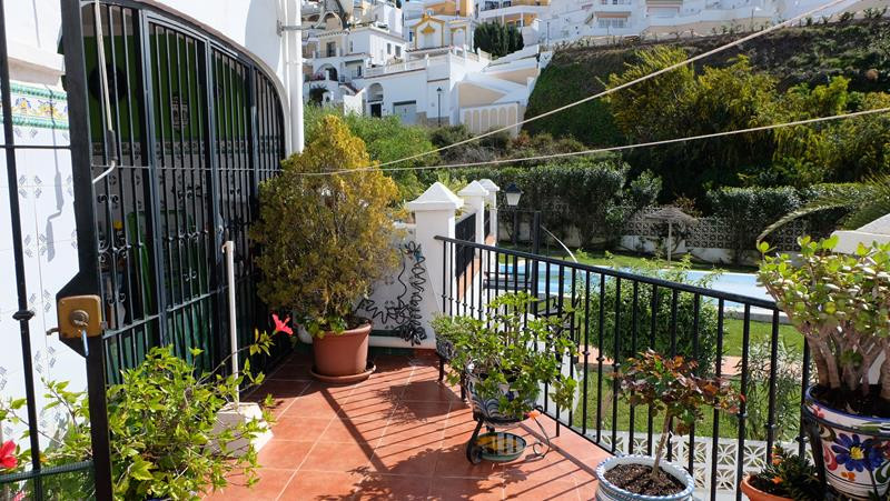 Close to Burriana Beach, this apartment has been recently renovated, with new double glazed aluminiu, Spain