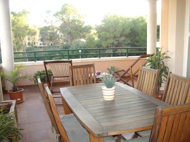 Luxury flat of 170 m2 + 30 m2 terrace. Three bedrooms, two doubles and a 22 m2 with bathroom en suit,Spain