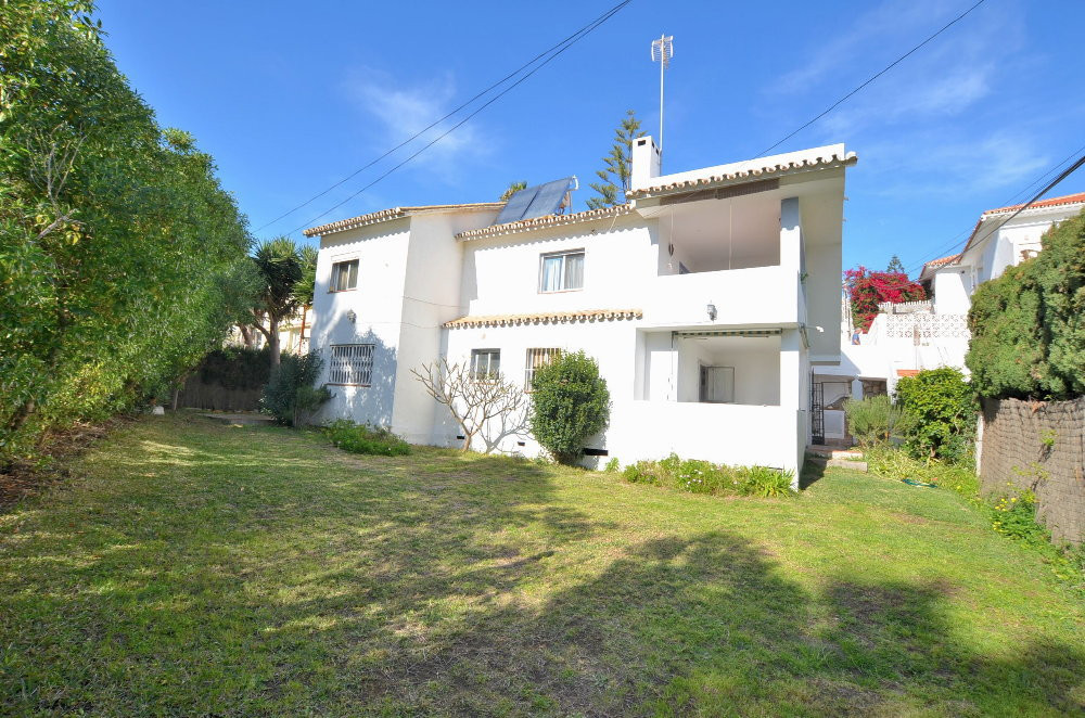 -------RENTED UNTIL THE 31ST OF AUGUST---------  VILLA IN MIJAS COAST ! ONLY 800 METRES TO THE BEACH,Spain