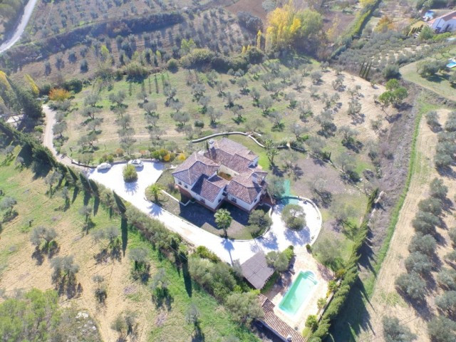 Elegant villa for sale near Ronda, Malaga, Spain.  Delightful and elegantly designed Andalusian vill, Spain