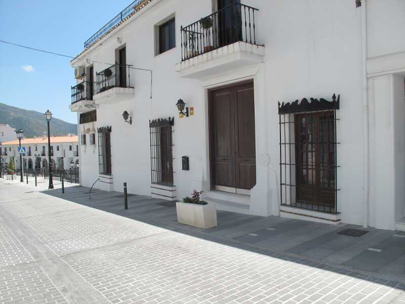 Commercial premises for sale in the center of Mijas  Located right in the center of Mijas, where Ave,Spain