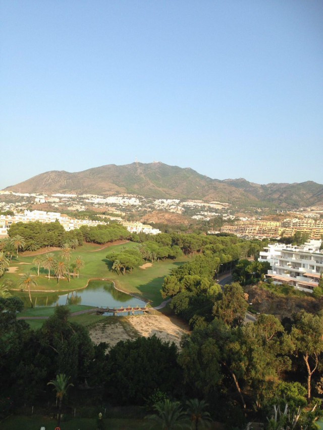 This great one bedroom apartment is located in a very sought after area in the Urbanisation Marina G, Spain
