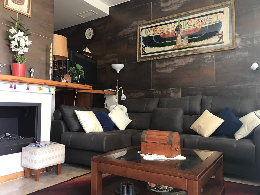 BEAUTIFUL TOWNHOUSE WITH TWO SPACIOUS BEDROOMS AND INCREDIBLE VIEWS IN QUIET URBANIZATION VERY WELL ,Spain