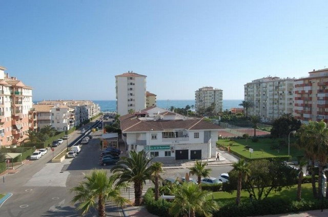 Penthouse in Torrox Costa, 2 bedroom, 1 bathroom.  Fully fitted kitchen, with dishwasher, microwave,,Spain