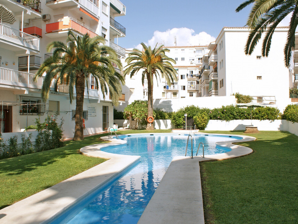 A great studio apartment in central Nerja with communal swimming pool, gardens and parking. A short , Spain