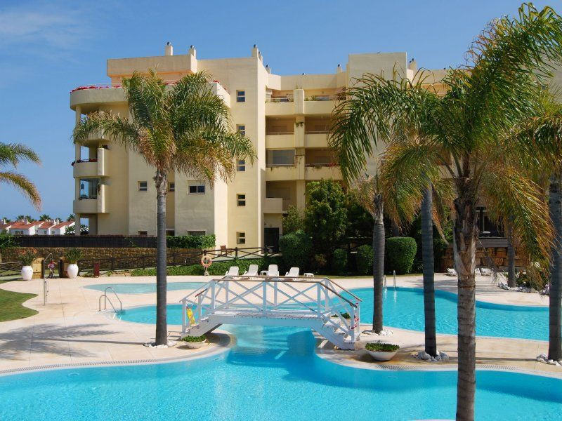 Luxury apartment located in the urbanization Myramar sun  ONLY 100 meters from the beach,!!!!! 2km f, Spain