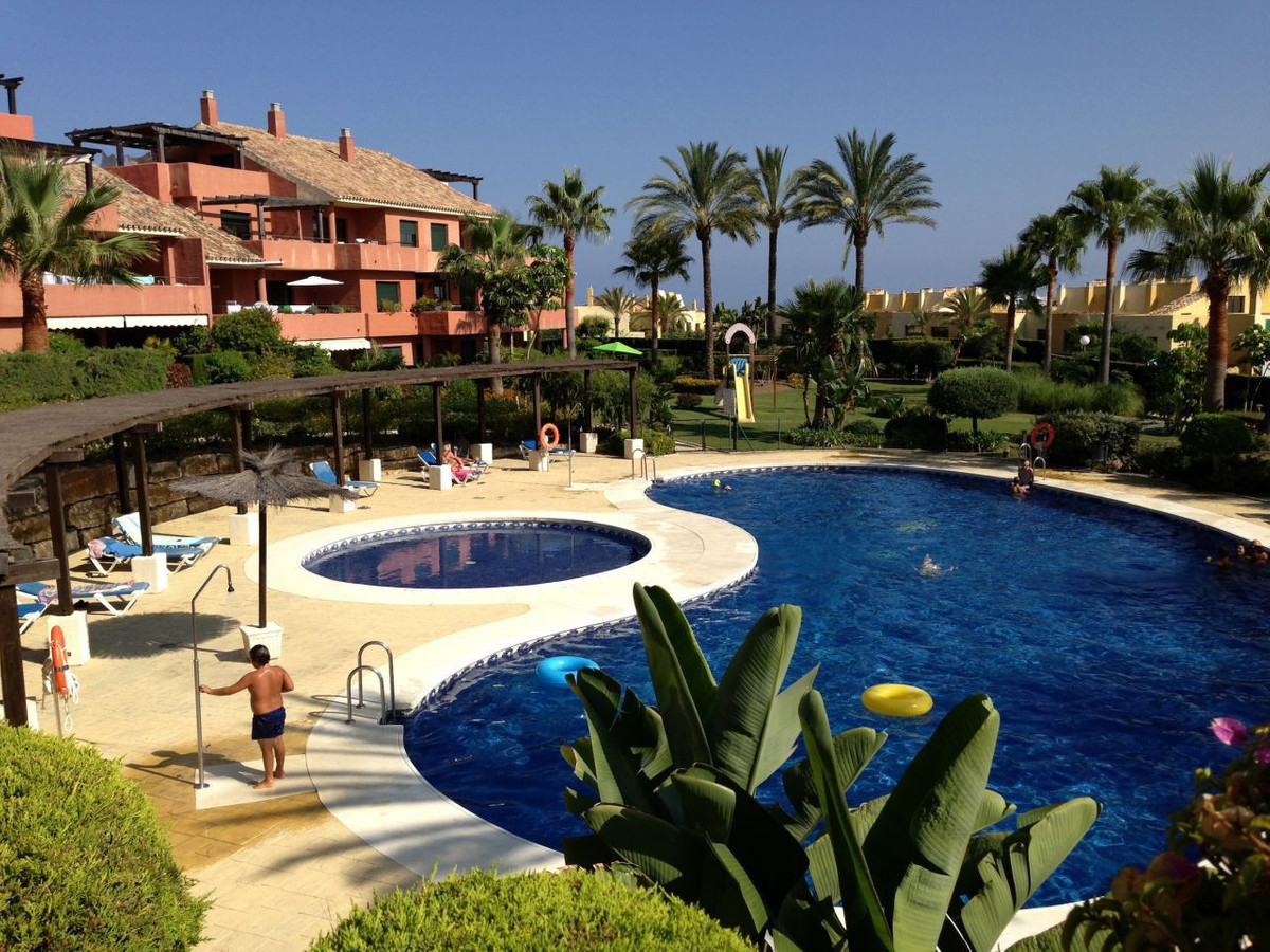 Groundfloor apartment in a luxury gated complex on New Golden Mile with 2 swimming pools, tropical g,Spain