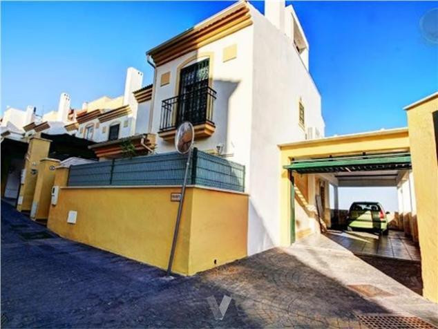 Beautiful house of 160 square meters, consists of 3 spectacular and spacious rooms, to the best brea,Spain