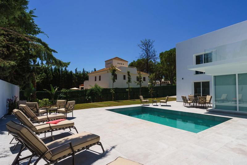 Luxurious home, completely renovated and located in one of the most exclusive urbanizations of Marbe,Spain