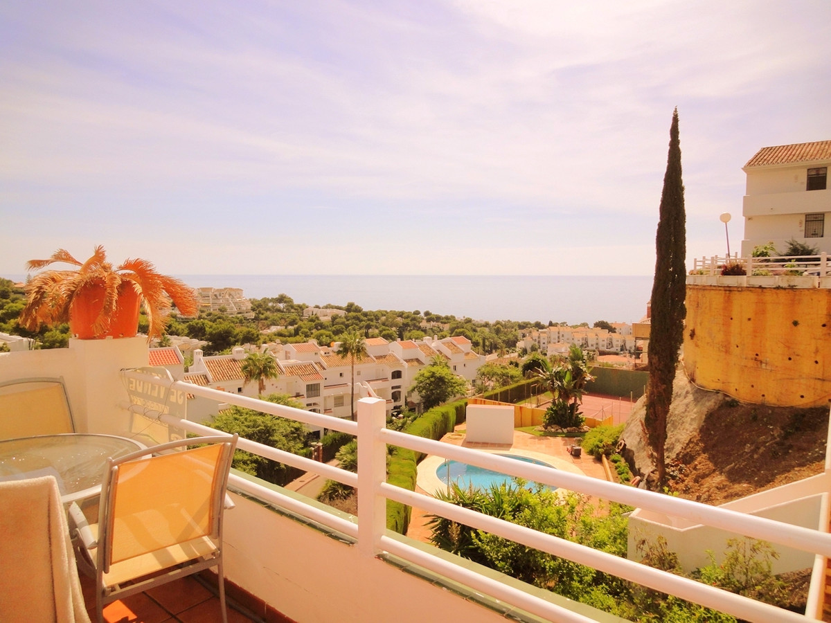 Flat of 2 bedrooms, 1 bathroom, living/dining room, kitchen, 47m 2 terrace with beautiful views to t, Spain