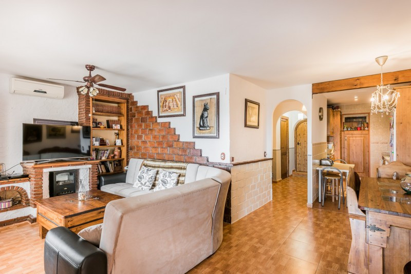 Ground Floor Apartment for sale in El Faro, Mijas Costa, with 2 bedrooms, 1 bathrooms and has a gara,Spain