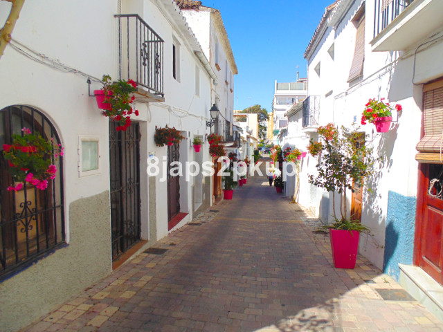 Townhouse, Estepona Old Town, Costa del Sol. 4 Bedrooms, 1 Bathroom, Built 156 m².  Setting : Town, , Spain