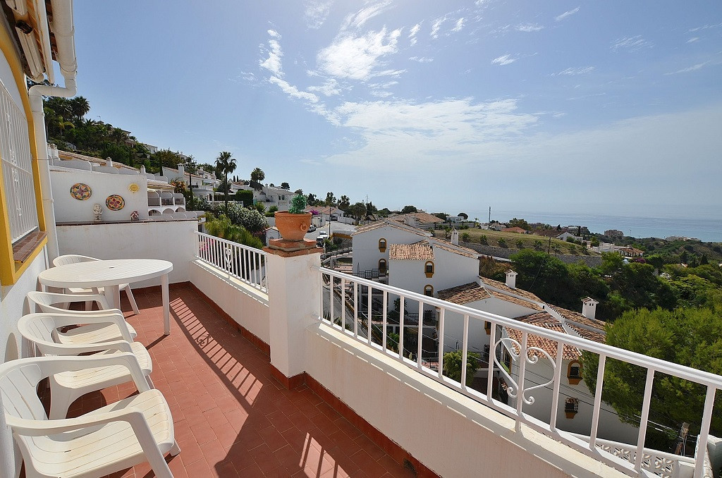 WONDERFUL TOWNHOUSE WITH FANTASTIC SEA VIEWS located in La Capellania (Benalmadena). 2 large terrace, Spain