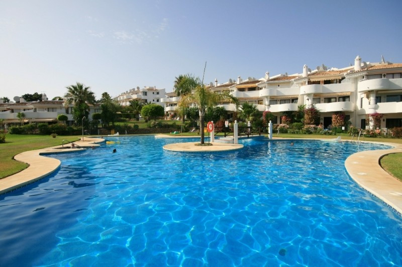 Spacious 2 bedrooms, 2 bathrooms first floor apartment in the greenest area of Calahonda. This beaut,Spain