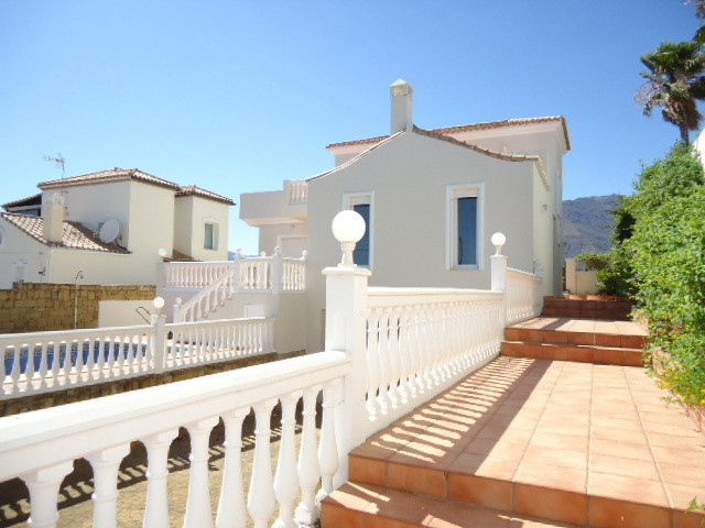 New amazing villa situated on one the of best urbanizations in Estepona, walking distance to the pop,Spain