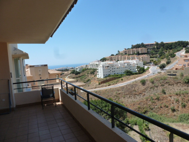 Bargain. Bank repossession. Spacious 2 bedroom 2 bathroom 2nd floor west facing apartment with parti, Spain