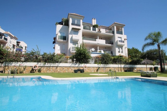 West facing apartment Nueva Andalucia. Beautiful 3 bedroom apartment located in a gated complex withSpain
