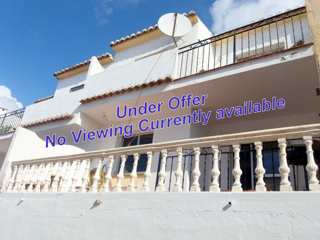 Great Price, Great Potential. A Real Bargain..Real potential as an investment. This House is looking, Spain