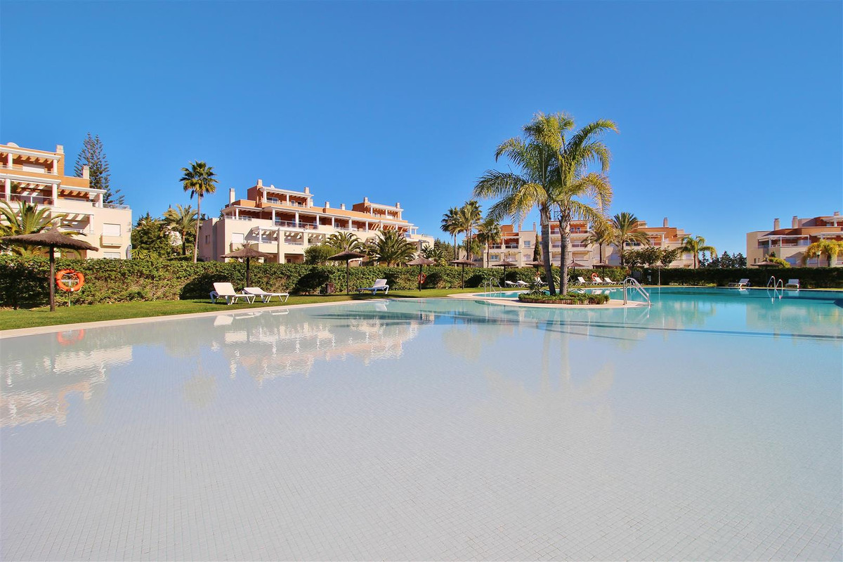 Huge and functional 4 bedroom duplex penthouse for sale in Estepona. Very bright and with beautiful , Spain