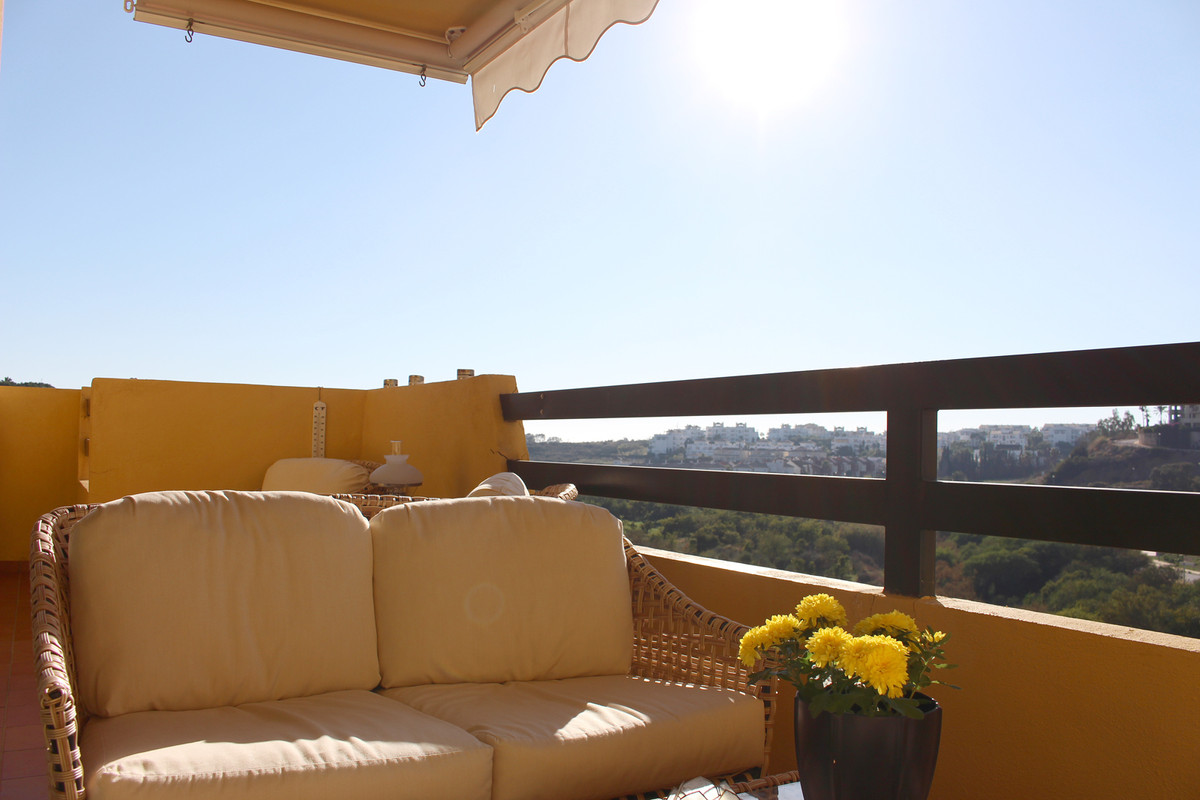 Lovely apartment with stunning views at the New Golden Mile. In this home, there is plenty of room f, Spain