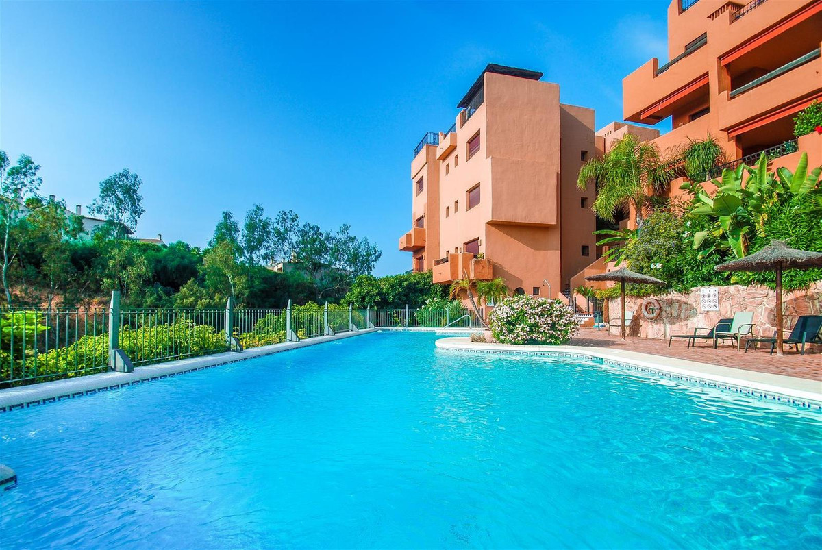 Apartment on sale in Puerto del Almendro, Benahavis. Modern style, bright and excellent qualities. T, Spain