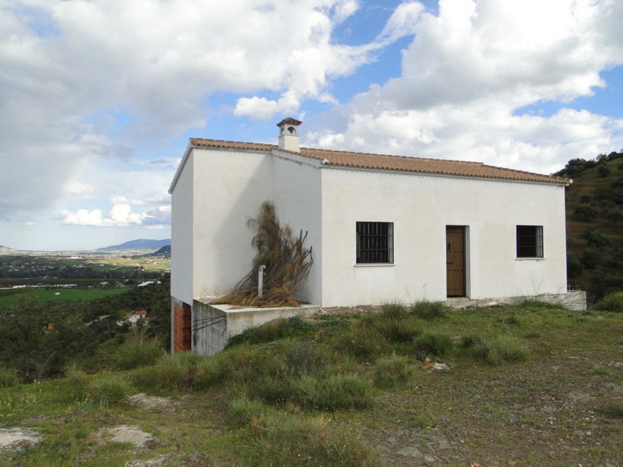 Finca perched on the top of hill with breathtaking panoramic views.  The property is under construct, Spain