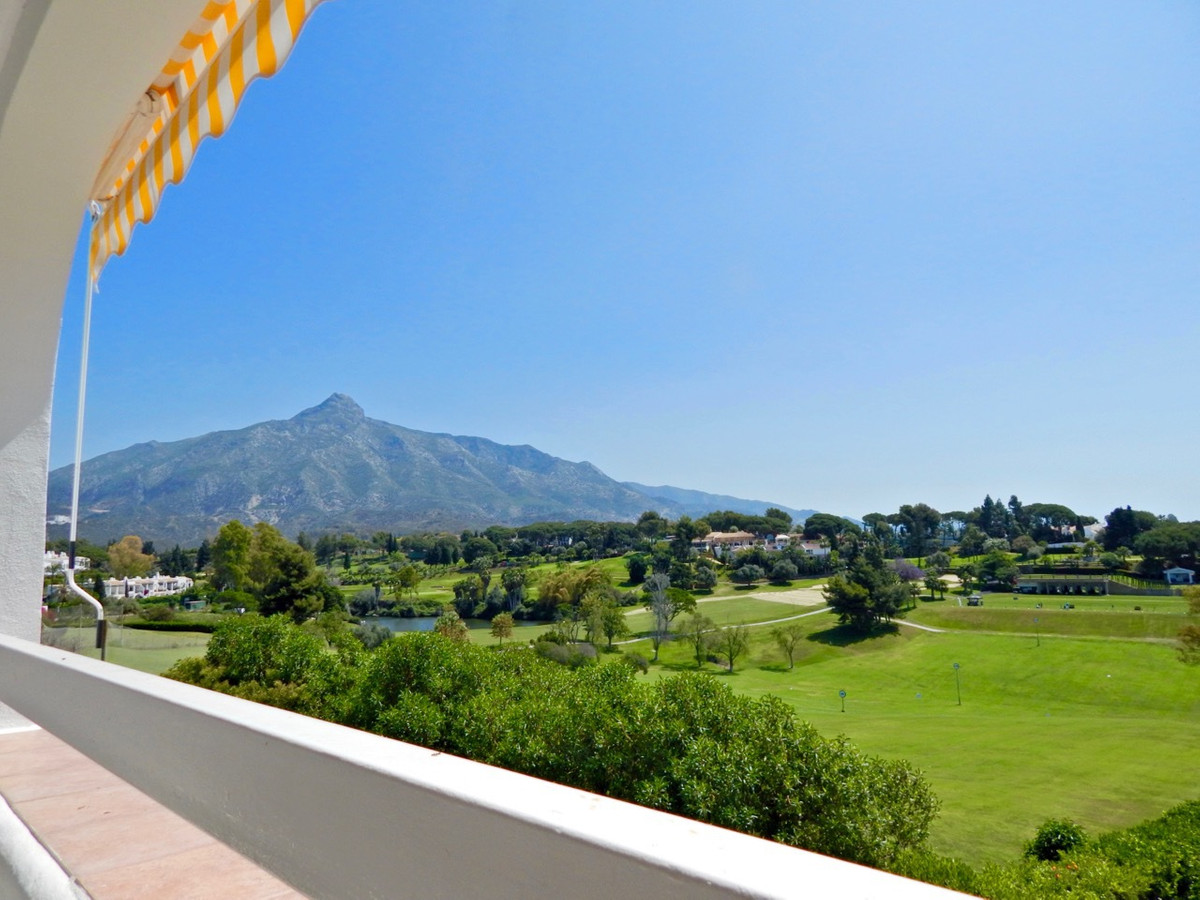 Charming apartment located in the Golf Valley in Aloha, with beautiful views of the golf course ,the,Spain