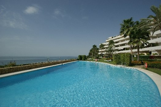 Magnificent apartment in beachfront. Unbeatable views. Located in a corner with no neighbors that wi, Spain