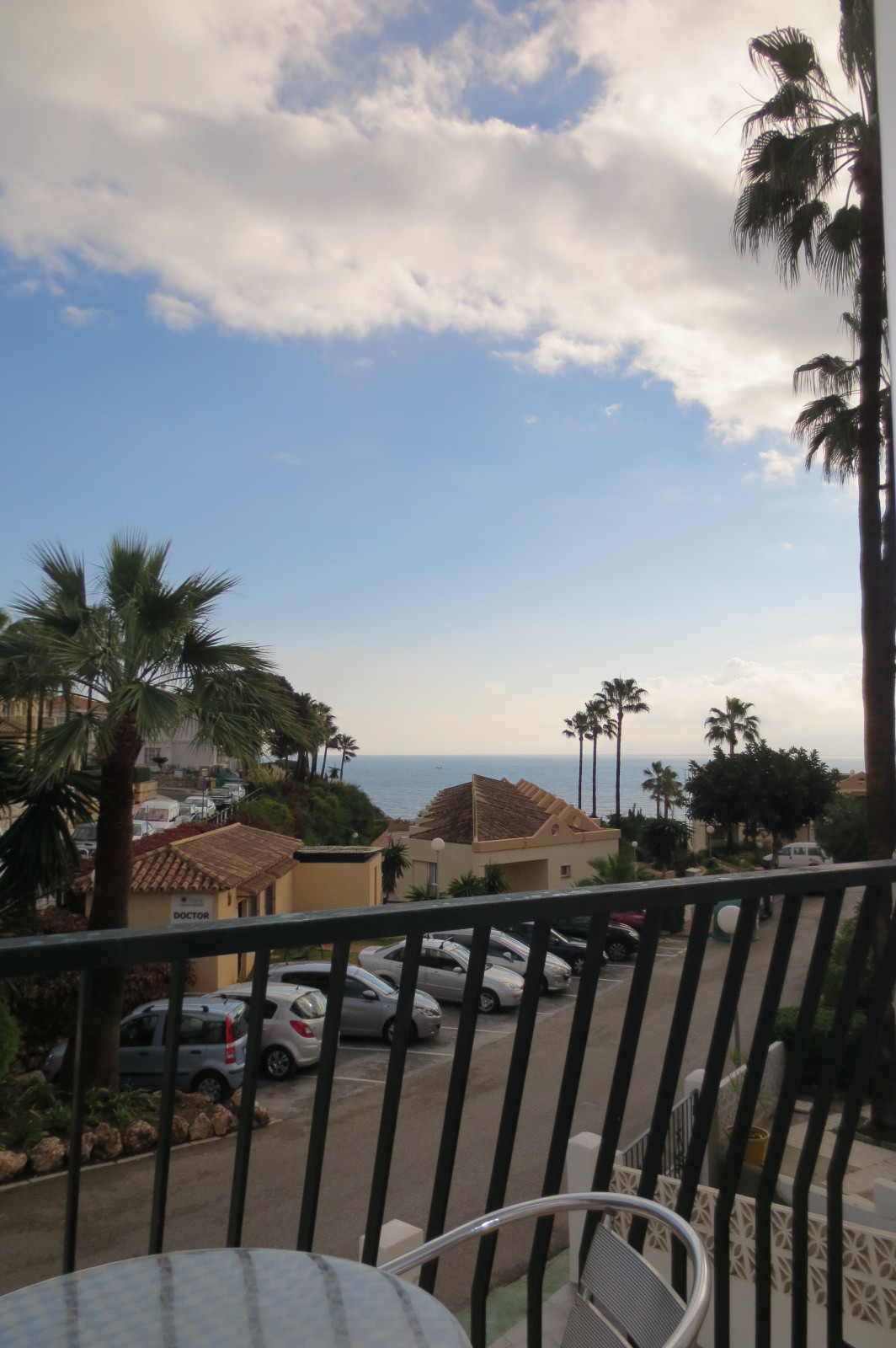 Lovely 4 bedroom 3 bath townhouse in Mijas Costa, lower part of Club La Costa. 400 mts from the beac, Spain