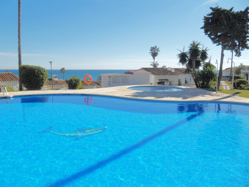 Unbeatable value for this cozy studio in the area of Las Buganvillas within walking distance to the ,Spain