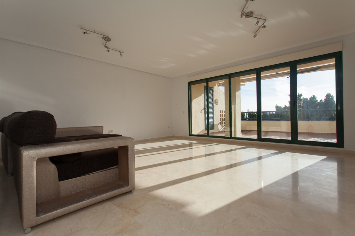 Gorgeous spacious and bright 3 bedroom 2 bathroom first line golf apartment with big terrace in the , Spain