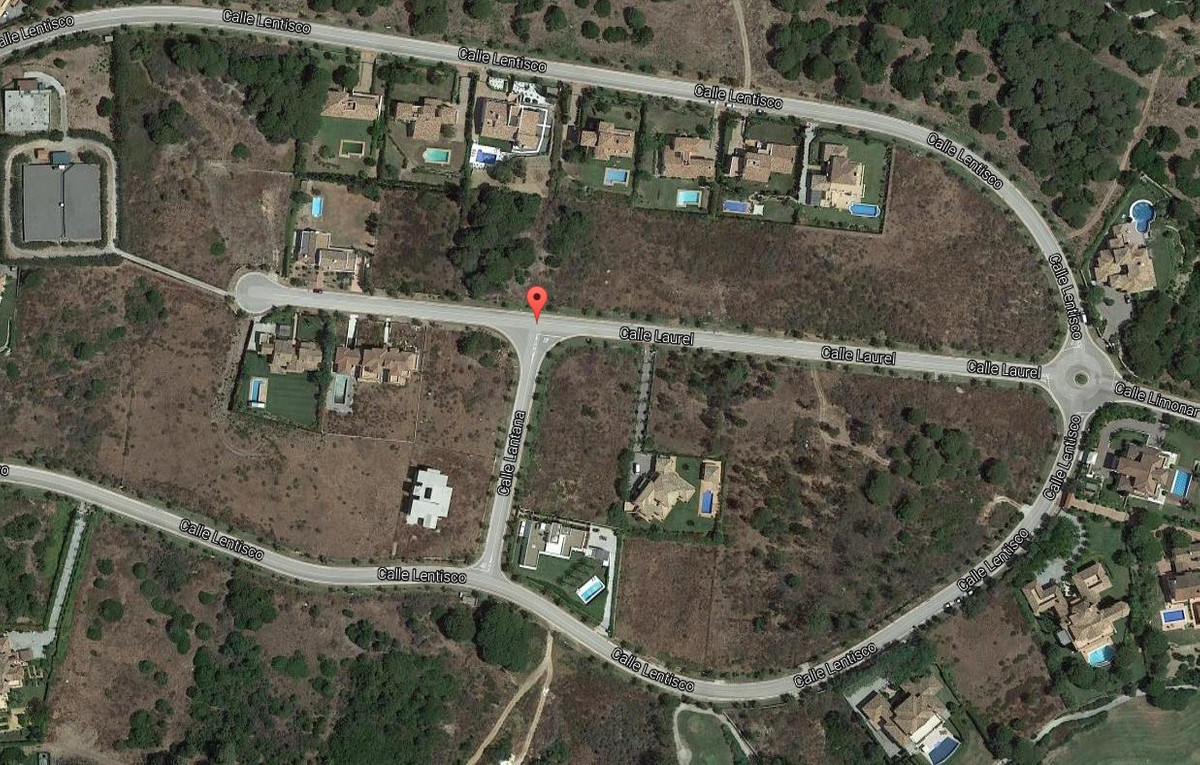 Fantastic residential plot in the sought after area of La Reserva in Sotogrande. The plot has planni,Spain