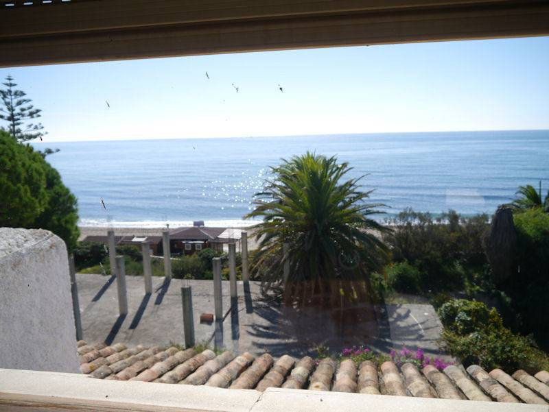Charming villa in front of the sea, located in one of the most beautiful areas of Marbella, Cabopino,Spain