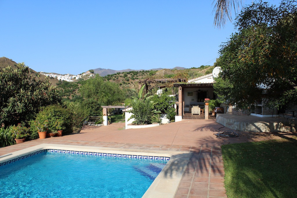 An oasis of tranquility in Axarquia  Lovely country house surrounded by lots of different varieties ,Spain