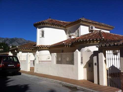 Beautifully located villa in Mijas Costa with amazing sea views. Only a few minutes to reach ameniti,Spain