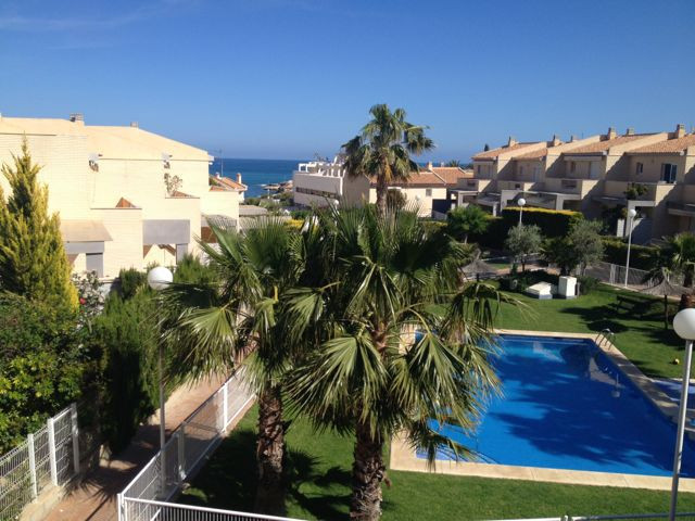 2 sea view, luxurious, linked villas joined into one, in sought after area in El Campello (close to ,Spain