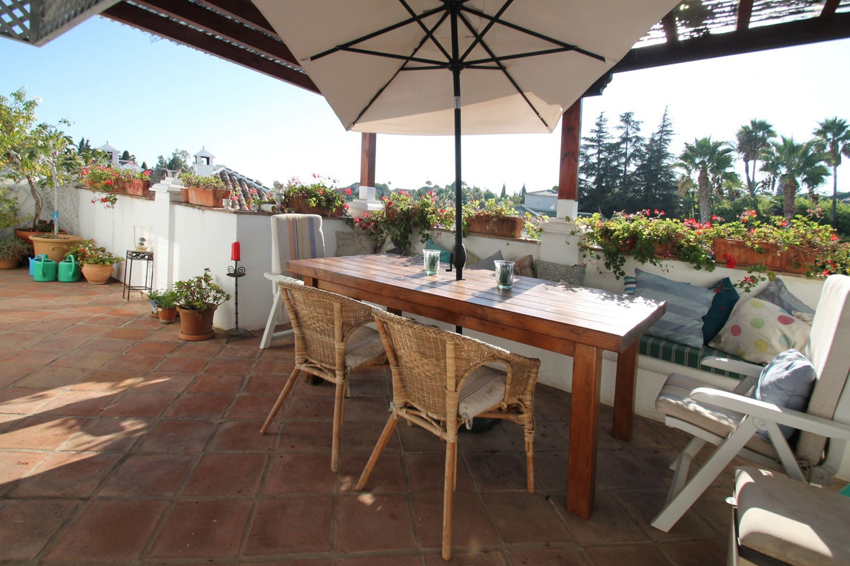 CLOSE TO PUENTE ROMANO HOTEL · Charming townhouse located in an Andalusian pueblo style urbanisation,Spain