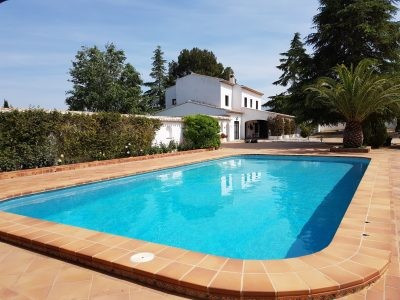 Very special house located in the prestigious Santa Ana area of Ontinyent with the benefits of Mains,Spain