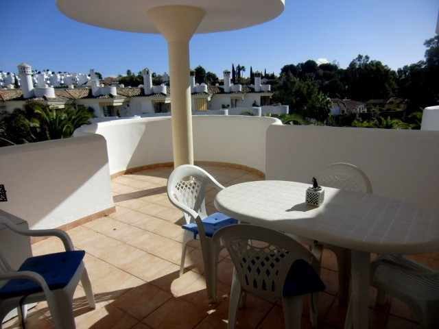 Excellent location, lower Calahonda , walking distance access to the beach and all the bars, restaur,Spain