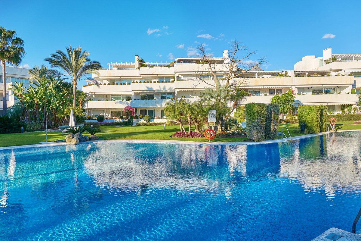 Spacious and bright, west facing apartment, res within a gated community, in the heart of the paradi,Spain